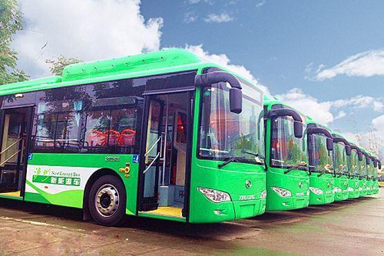 中国每三辆公交车中就有一辆新能源车