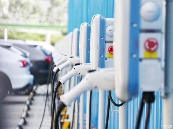 上海市新增公交车将全部采用新能源汽车