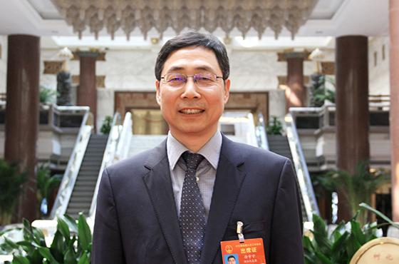 [两会]徐宇宁:借助信息化手段 全方位全流程加强监管