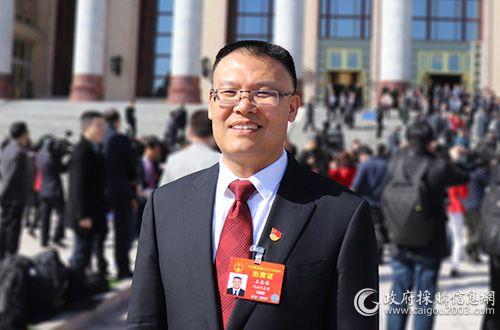 全国人大代表、河南省财政厅党组书记、厅长王东伟
