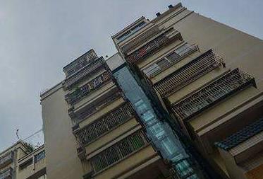 """乌鲁木齐:为老旧楼房加装电梯 """"便利工程""""获支持"""