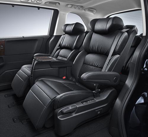 第二排高级电动航空座椅-2.jpg