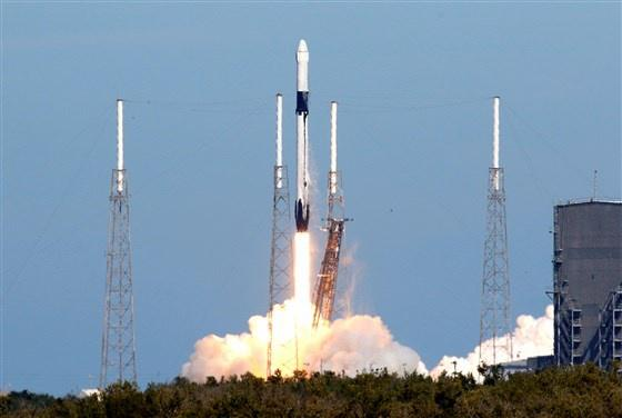 美国SpaceX公司指控美国?#31449;?#25307;标违法