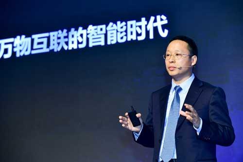 华为传送与接入产品线总裁靳玉志发布智简全光网战略