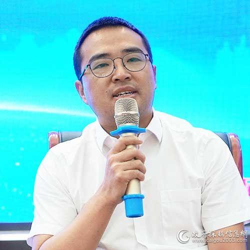 貴州衛虹招標有限公司 總經理 李瑩