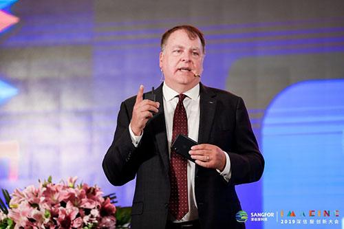 微软前CIO兼企业副总裁 Jim DuBois