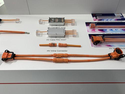 曼德新能源高压线束.jpg