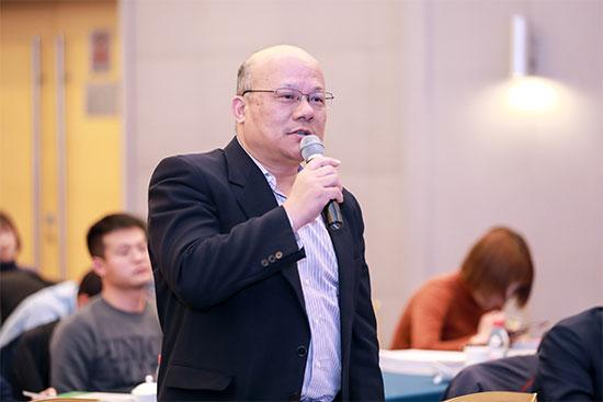 《政府采购信息报》记者万玉涛现场提问