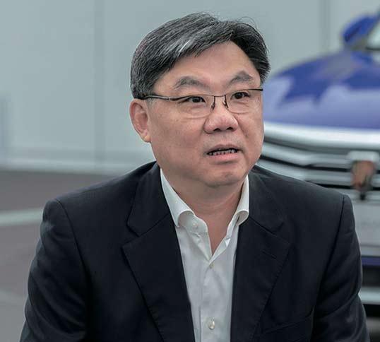 上汽集团陈虹代表为两会建言献策-650.jpg