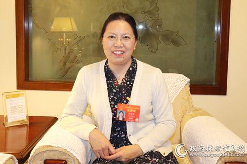 全國人大代表、貴州省財政廳廳長 晏婉萍
