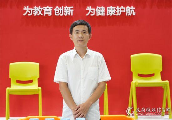 育才控股集团市场部经理徐孝军