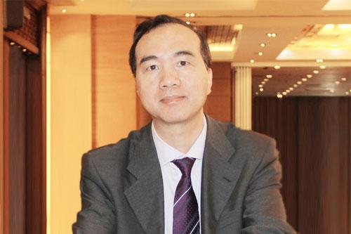 上海市财政局政府采购管理处副处长 王周欢