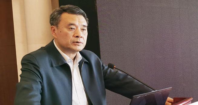"""王振辉在""""beplay官网体育进入人•高校•军队""""论坛上发表主题演讲"""