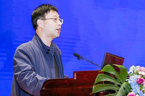 江西省財政廳黨組成員、副廳長鄧忠