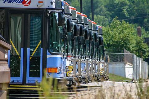 安曼城市管理局擬招標購買150輛公交車