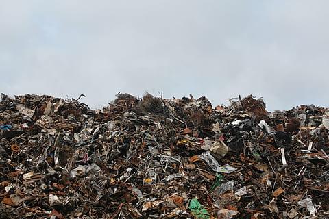 2021年起中国将全面禁止进口固体废物